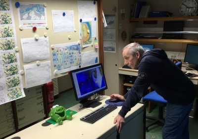 Weather forecasting office on RV POLARSTERN. Photo: MARUM – Center for Marine Environmental Sciences, University of Bremen; Gerhard Bohrmann