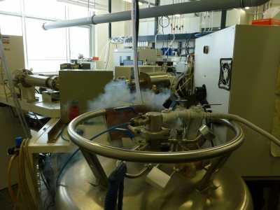 Liquid nitrogen tank and mass spectrometers