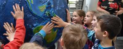 Children visiting MARUM; Photo: MARUM – Center for Marine Environmental Sciences, University of Bremen, J. Stone